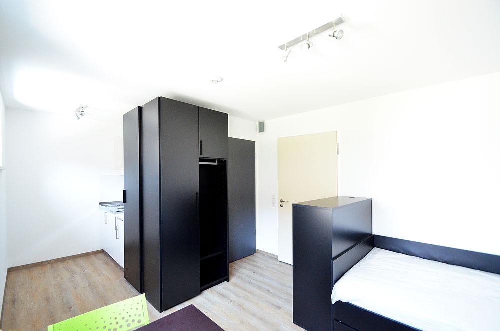 No.45: Apartment 21