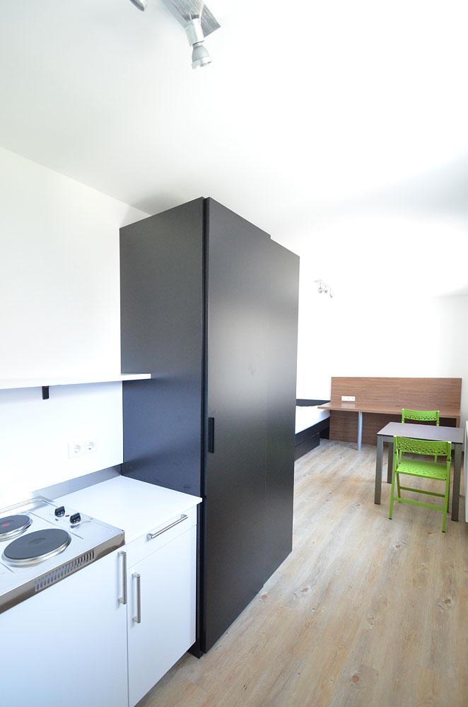 apartment 21. Black Bedroom Furniture Sets. Home Design Ideas